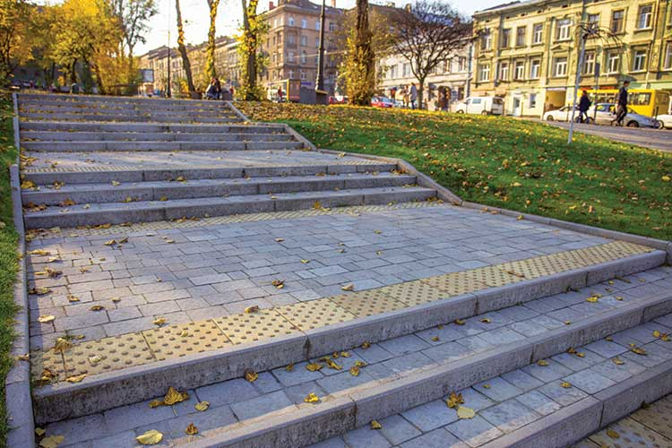 Тротуарна плитка квадрат тактильний крапка